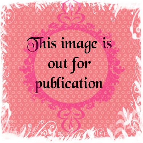 shabbyprincess_sm_pinkdotspaper2